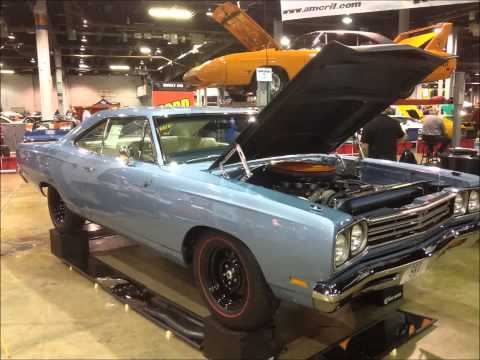 mopars-at-the-2014-muscle-car-and-corvette-nationals-(mcacn)