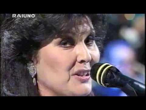 Claudia Mori - Se mi ami - Sanremo 1994.m4v
