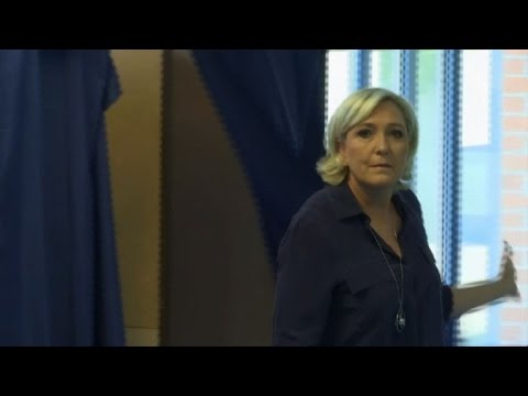 Marine Le Pen votes in French parliamentary election