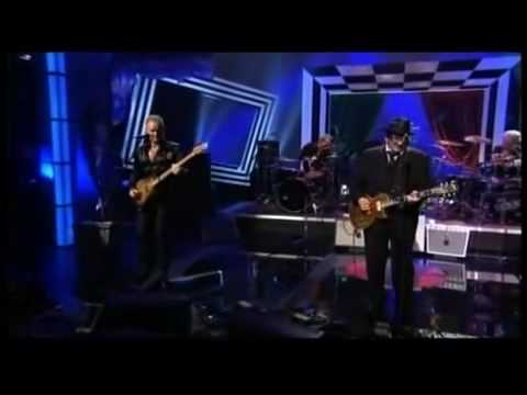 Elvis Costello & The Police - Watching the Detectives, Walking on the Moon, Sunshine of Your Love