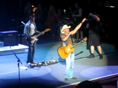 Kenny Chesney - We Went Out Last Night - Live at Red Rocks