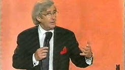 Dave Allen on Airplanes