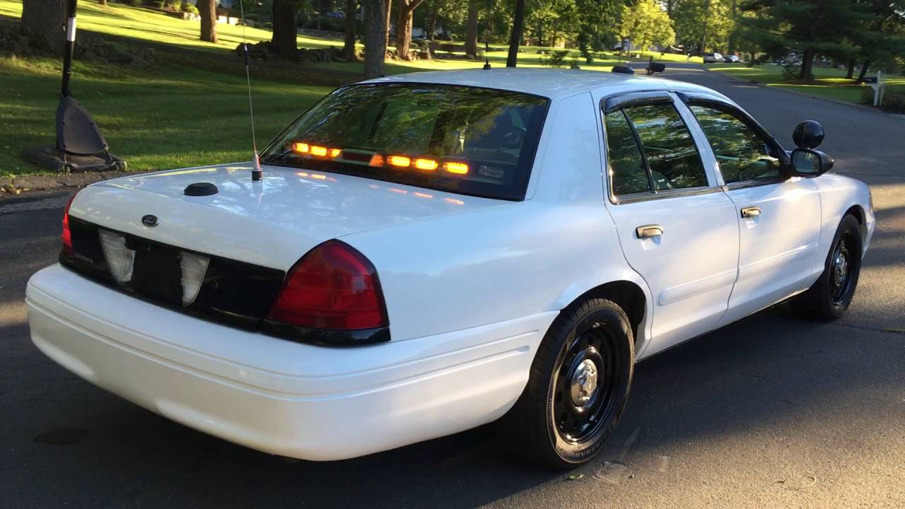 2016 Crown Ford Victoria