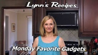 Monday Favorite Gadget - Lynn's Recipes - Dexas Chop & Serve Cutting Board