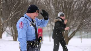 Repeat youtube video Raleigh police officers join in on a snowball fight and sledding at Lions Park