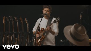 Niall Horan On The Loose Acoustic