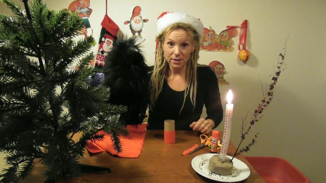 Julekalender: 6. december. Ravn og Karina laver en nisse af et toiletrullerør