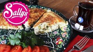 Pfannen-Börek mit Schafskäsefüllung / ganz einfach! Tavada peynirli börek / Sallys Welt