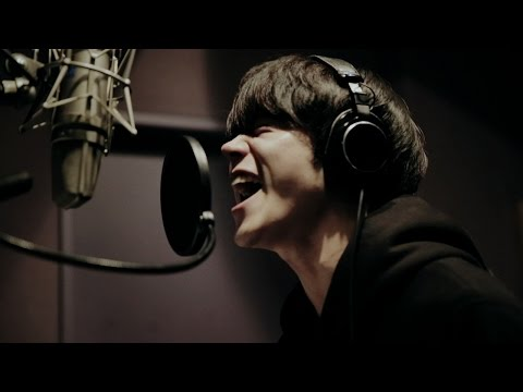 Suda Masaki sings Santaro CM's song!  Web CM of au