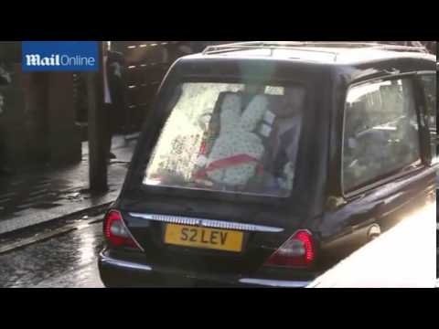 Friends say final farewell to Great Train Robber Ronnie Biggs
