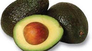 அவகோடாவை  உபயோகிக்கும் முறை||How to cut,slice,peel and pit Avocados in Tamil-With English subtitles.