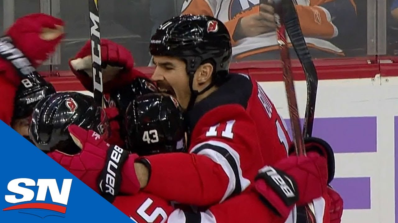 wholesale dealer ecfe1 de8c0 Brian Boyle Scores On Devils' Hockey Fights Cancer Night
