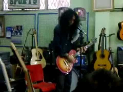 John Paul Ivan (eX-Bommerang) Live in Metro Music Palu