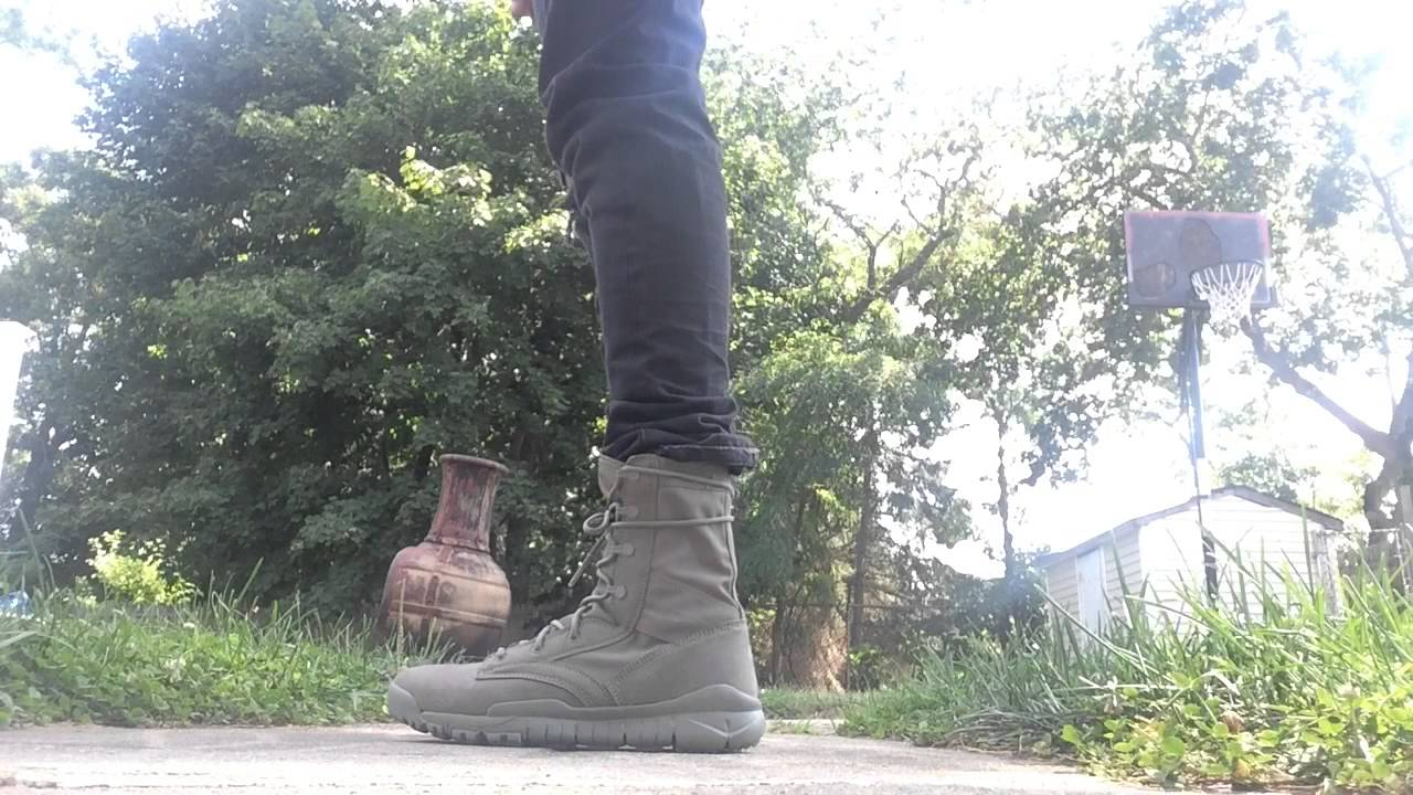 Nike Special Field Combat Boots On Feet Close Look Sage
