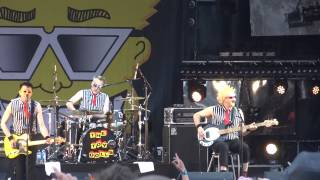 Nellie The Elephant (Live) - The Toy Dolls - Hellfest - 23/06/2013