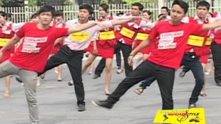 """""""Cơn sốt"""" hơn 200 nhân viên điện máy Topcare nhảy flashmob"""