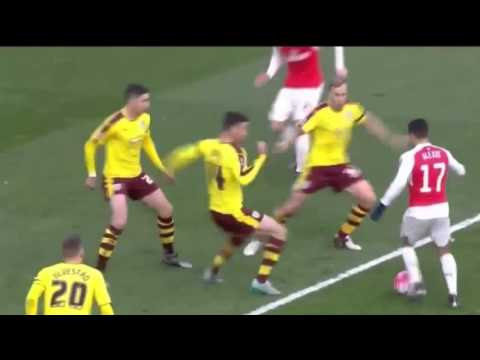 Cuplikan Gol Arsenal vs Burnley 2-1 (30-01-2016)