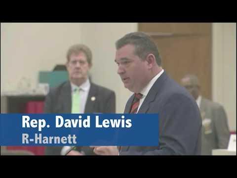 NC Republicans draw blatantly partisan gerrymander