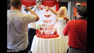 Пирамида из бокалов шампанского на свадьбе в New York Bar 06/07/13