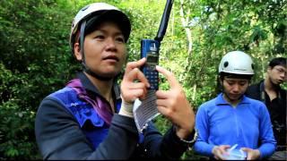 20100501四季溯溪進階營-衛星電話操作:講師大美女.