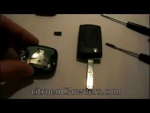 39 tuto 39 reparer une cl de voiture avec centralisation doovi. Black Bedroom Furniture Sets. Home Design Ideas