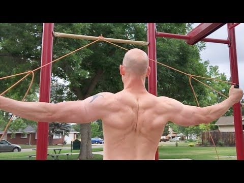 4 Essential Tips For Building Muscle and Strength w/ Calisthenics