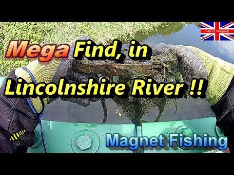 Magnet Fishing Mega Find In Lincolnshire River, Scotty B, Patriotmagnets, Chucki Beats