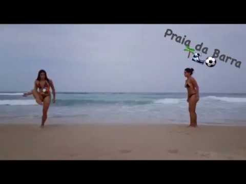 Ingrid Oliveira plays beach soccer