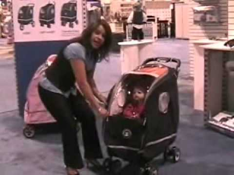 39281a074358 WAL - Winter Stroller Coat Cover Product Description Video.wmv - YouTube