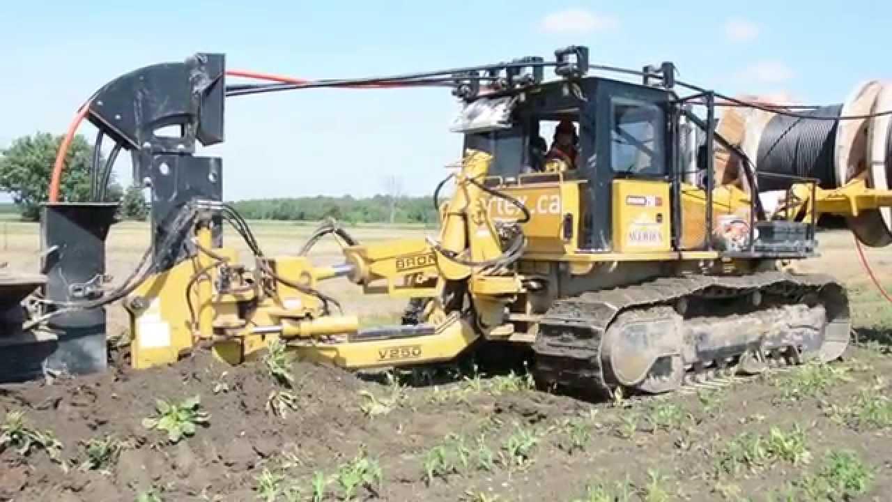 BRON | Self-Propelled Utility Plows