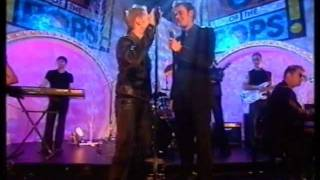 Ronan Keating - Life is a Rollercoaster (HQ) TOTP Xmas 2000 [Original broadcast]