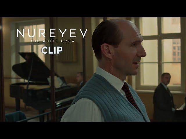 Nureyev - The White Crow. Scena in italiano