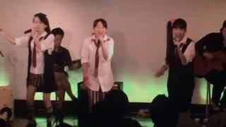 show roomのアカペラリクエストでこの曲を歌ったとき、芹奈と麻珠が2人...