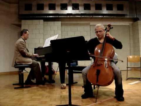 Cello - Robert Schumann - Happy Farmer