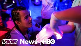 These Competitors Want 'Gloving' To Be The Next Big Sport  VICE News Tonight on HBO