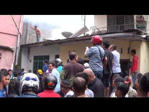 Dua Rumah di Jalan Japaris Medan Terbakar