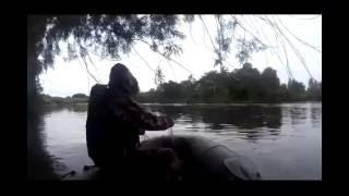 Рыбалка сетями. Лов сетью на горной речке. Проверяем сеть.(Рыбалка сетями. Лов сетью, Проверяем сеть которую поставили на кануне вечером. Сетка зацепилась за корягу..., 2016-07-25T13:10:53.000Z)