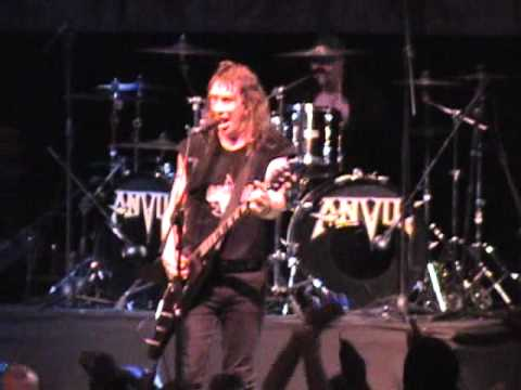 Anvil -  Metal on Metal Live in Chile 2011
