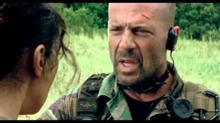 Trailer: Tears of the Sun met Bruce Willis dinsdag te zien bij SBS9