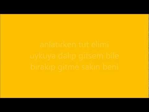 Super Baba - Bana Bir Masal Anlat Baba (Lyrics)