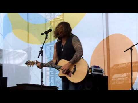 Billy Ray Cyrus  Achy Breaky Heart  CMA Music Festival 2014