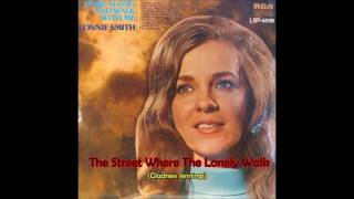 Watch Connie Smith Street Where The Lonely Walk video