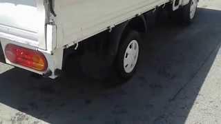 Hyundai H100 3 Pedal 34 Uk 5878  Romayıda Yakarız.