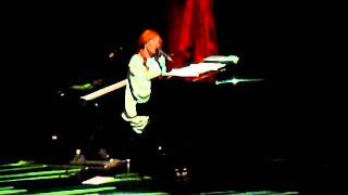 "Tori Amos - ""Leather"" live - 12-2-2011"