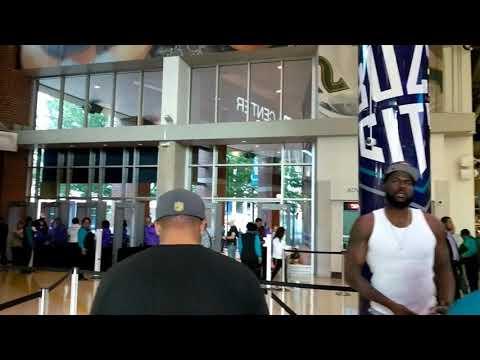 10/20/2017 Hornets vs Hawks - Walking through the new Team Shop