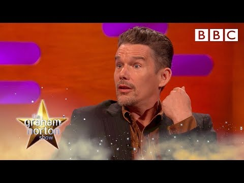 Ethan Hawke's kids can't recognise him in Dead Poets Society - BBC