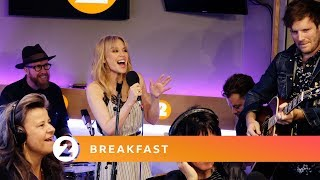 Kylie - Islands in The Stream (Dolly Parton cover, Radio 2 Breakfast Show session)