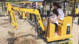 포크레인과 지게차를 탈수 있어요!! 서은이의 중장비 체험 학습 전동자동차 Heavy Equipment Power Wheel