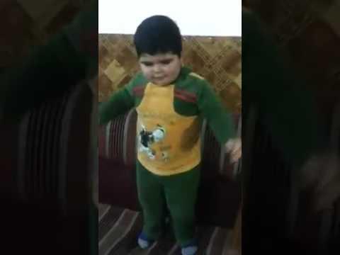 طفل يرقص رقصه مغربية thumbnail