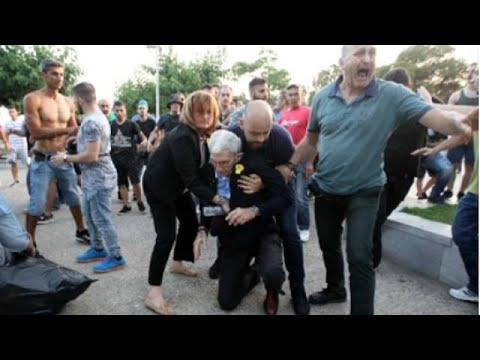 شاهد: عمدة ثاني أكبر مدن اليونان يتعرض للاعتداء والضرب على يد متطرفين…  - نشر قبل 2 ساعة